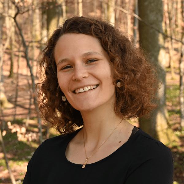 Melanie  Douziech