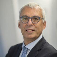 Luc  Arnouts