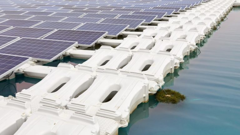 Floating solar farms generate electricity more efficiently