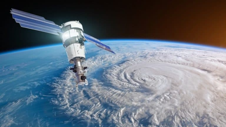 Using space technologies to tackle climate change